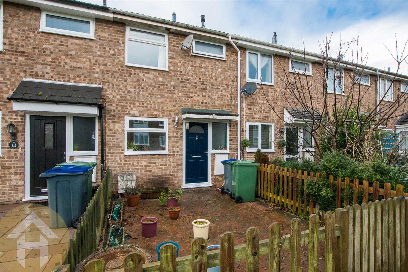 2 Bedrooms Terraced House for sale in Longfellow Crescent, Royal Wootton Bassett